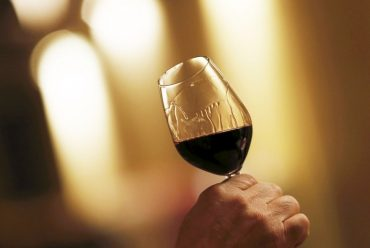 Impara a degustare un vino in 4 mosse 7